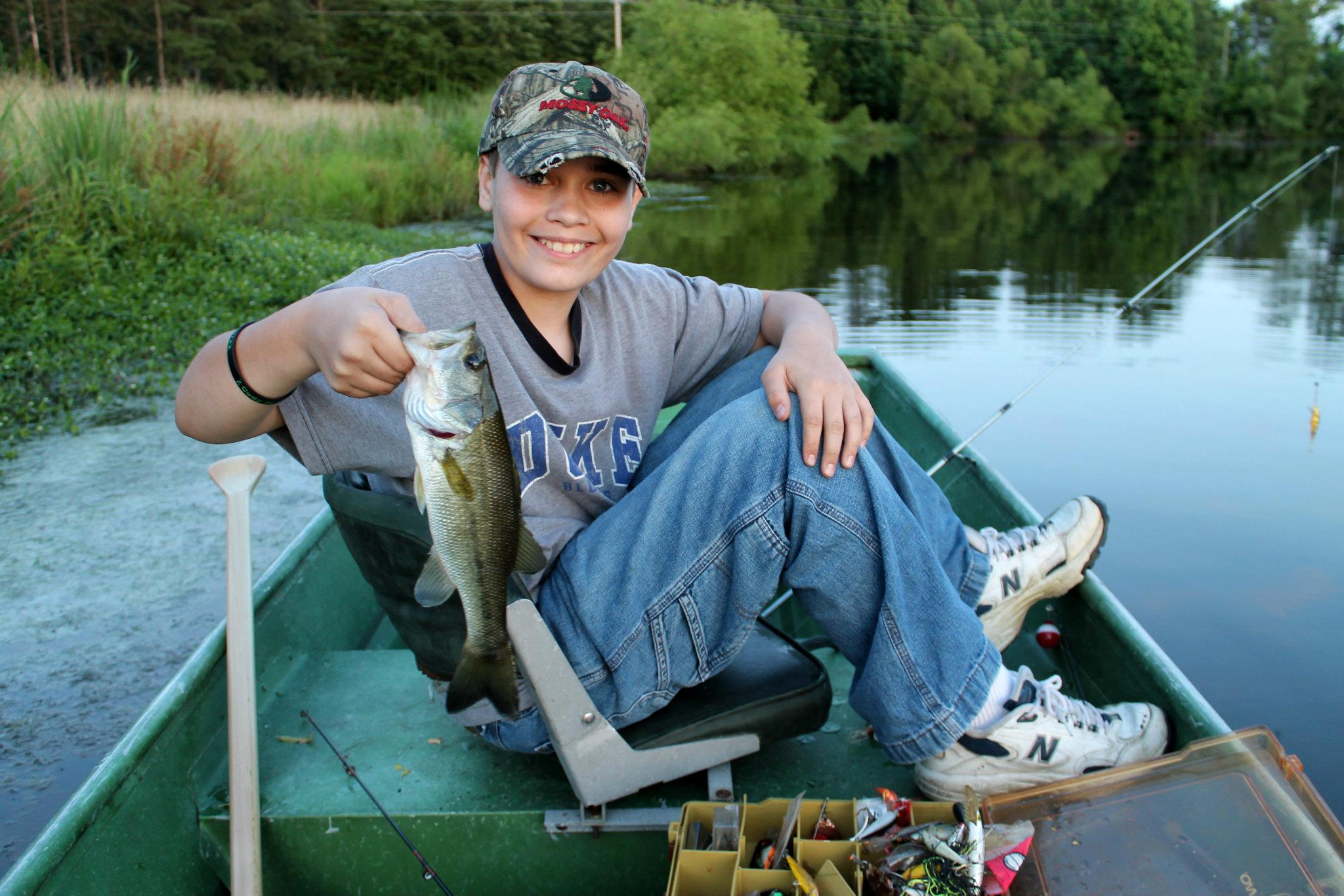 Largemouth bass fishing tips at Lake Gaston