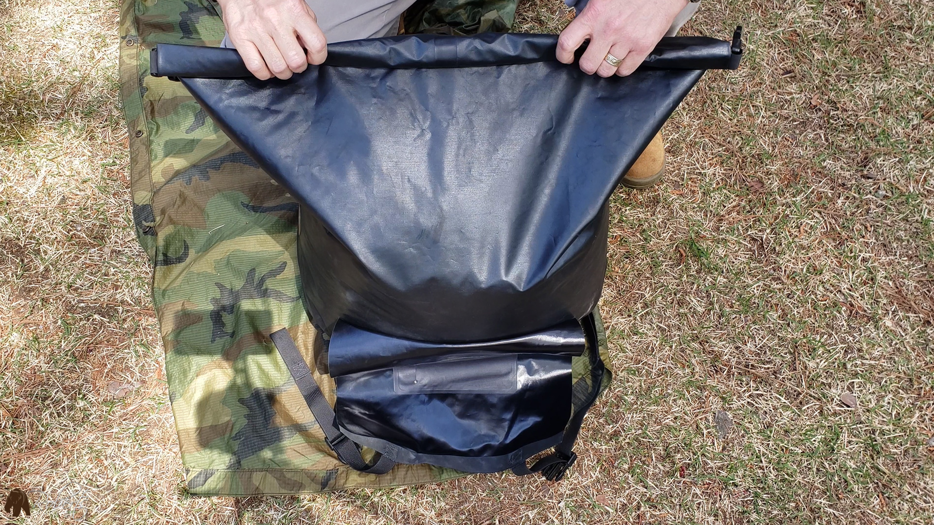 usmc military sleeping bags rolled inside seal line bag